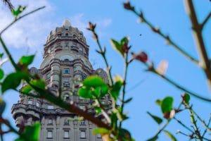 Saiba onde se hospedar em Montevidéu