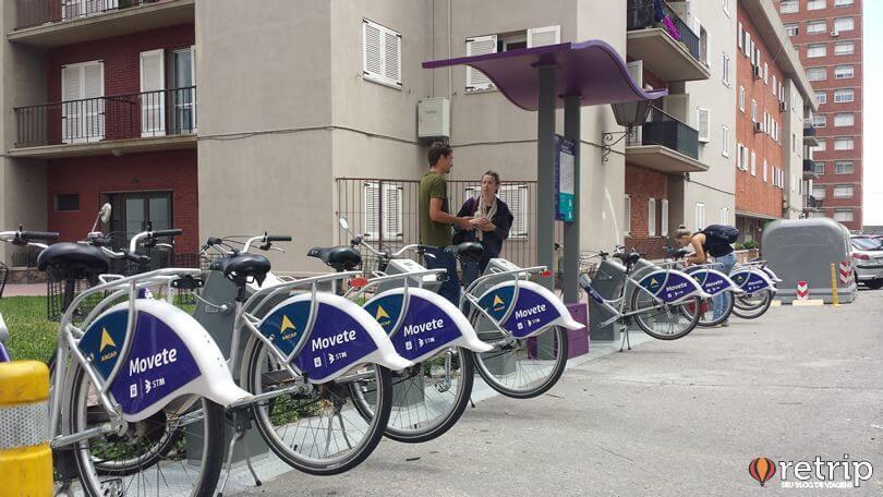 Entre os meios de transportes em Montevidéu encontra-se as bicicletas de aluguel