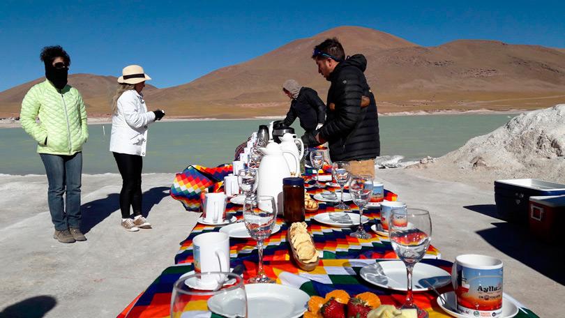 Preparação do super café da manhã no Deserto de Atacama